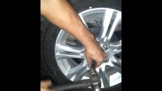How To Get Wheel Locks Off Without Key