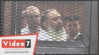 Hao123-بالفيديو.. حديث أبو إسماعيل مع زوجته من داخل قفص الاتهام