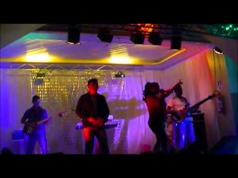 BANDA VÍRUS MUSICAL SHOW NA CASA DE SHOWS LAGOSTÃO EM MACAPA  reveillon 2014
