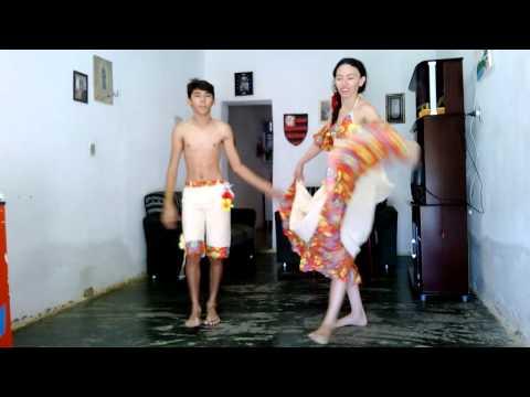 Carimbó música da Banda Calypso!...Dançando em casa.