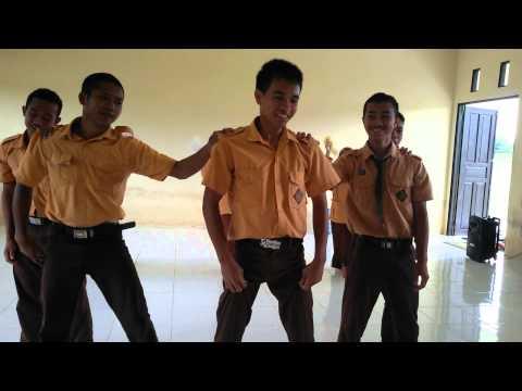 Video Heboh Siswa-Siswi SMKN 1 Sejangkung Modern Dance