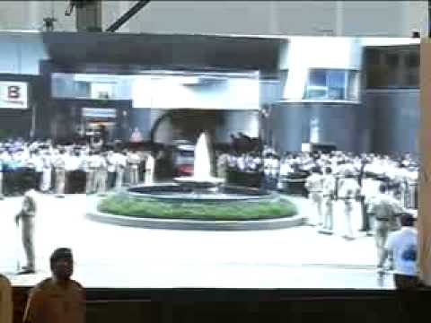 Shri Narendra Modi at the inauguration of Diamond Hall of Bharat Diamond Bourse Part 1