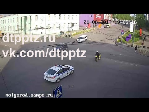 В центре города наряд ДПС преследовал нарушителя