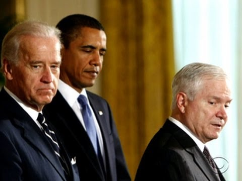 Former Defense Secretary Gates critical of Obama in memoir