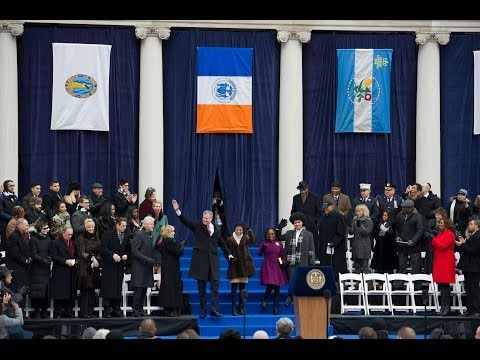 Mayor Bill de Blasio is sworn in at the 2014 NYC Inauguration by President Bill Clinton