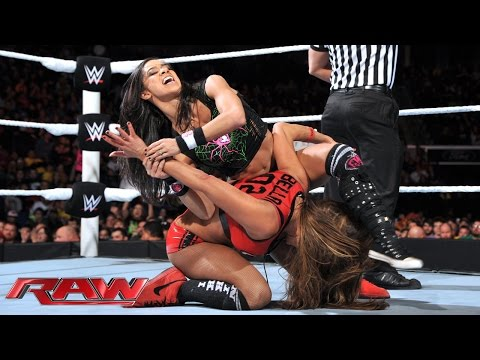 AJ Lee & Naomi vs. The Bella Twins – WWE App Vote Match: Raw, December 1, 2014