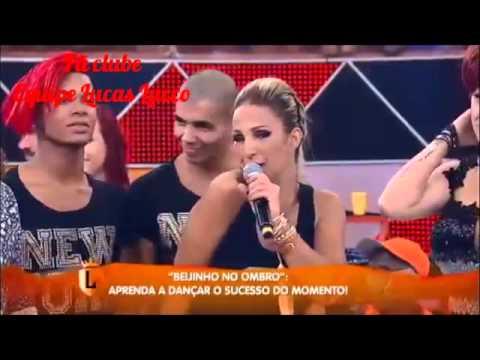 Lucas Lucco dança a música