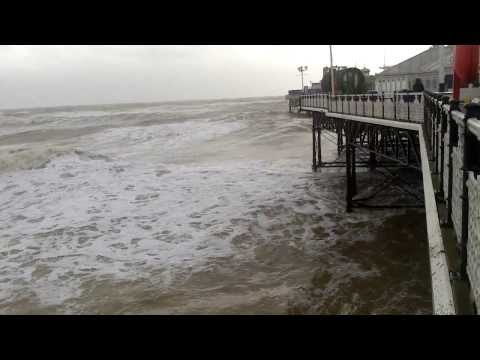Brighton Pier Massive Waves & Storm UK Weather 5/2/2014