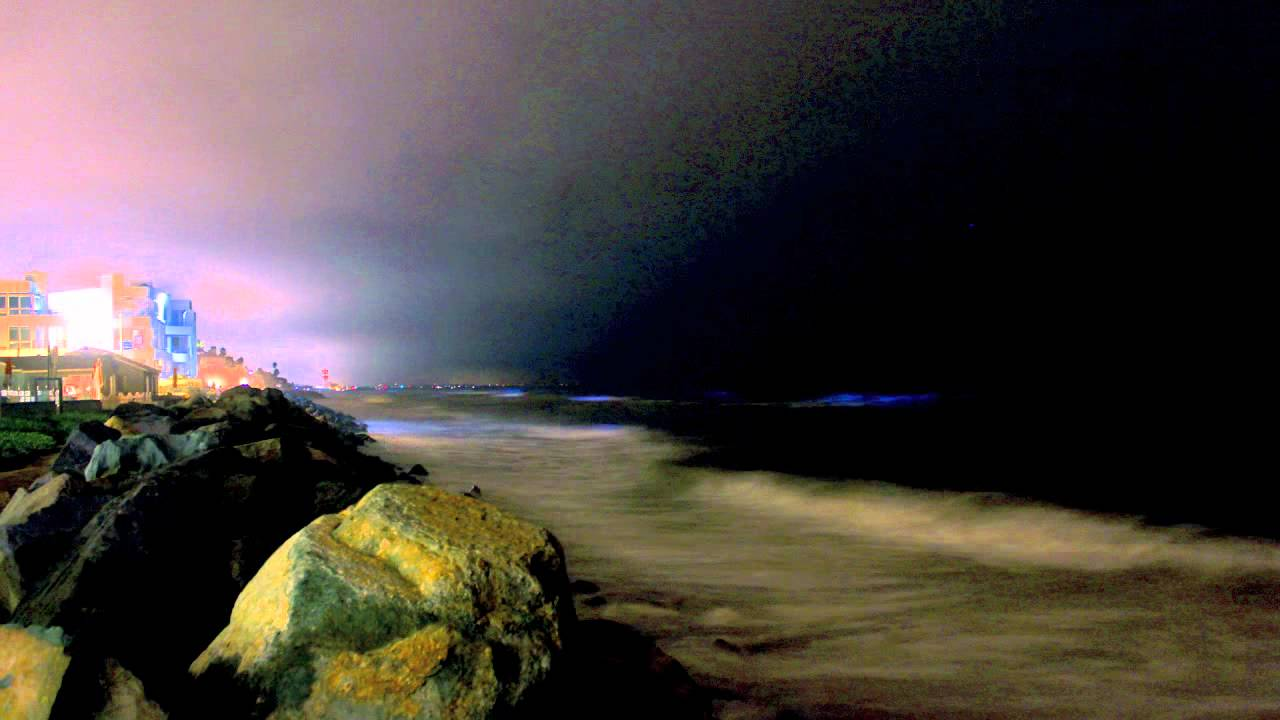 Bioluminescence and red tide in san diego ca youtube for Tides for fishing san diego
