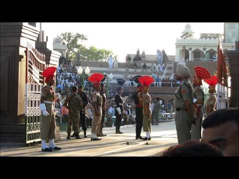 India Pakistan Wagah Border Ceremony 06