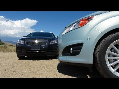2014 Chevy Cruze Diesel vs Ford C-Max Energi MPG Mashup Challenge (Part 2)