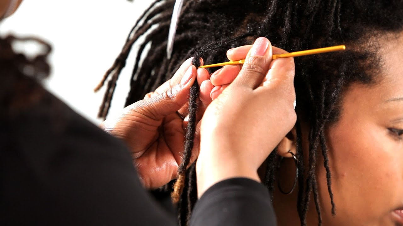Crocheting Locs : How to Crochet Dreads Get Dreads - YouTube