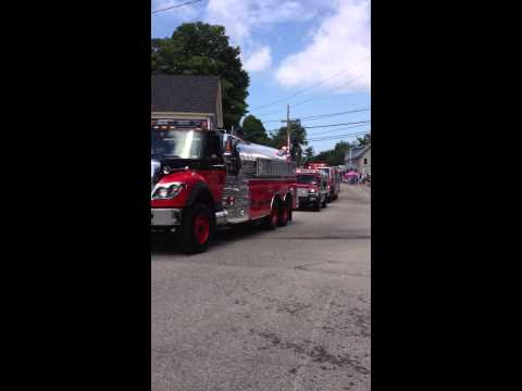 Center Ossipee NH 4th of July parade Firetrucks