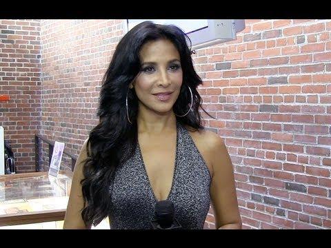 Actriz mexicana Lorena Rojas entra a la producción con programa con Adriana Barraza para Vme