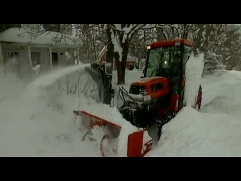 Massive Winter Snowstorm Barrels Across US