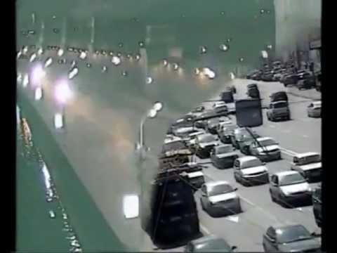 Accidente din trafic uimitoare Prinse pe camerele de securitate