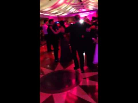 Bride and Groom surprise Wedding Dance @ Crest Hollow Count