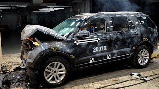CRASH TEST 2014 Ford Explorer