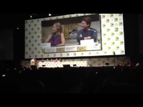 (Edge of Tomorrow) Tom Cruise & Emily Blunt talk Exoskeleton