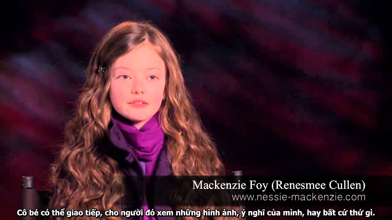 Mackenzie Foy The Haunting Hour - Viewing Gallery Taylor Lautner