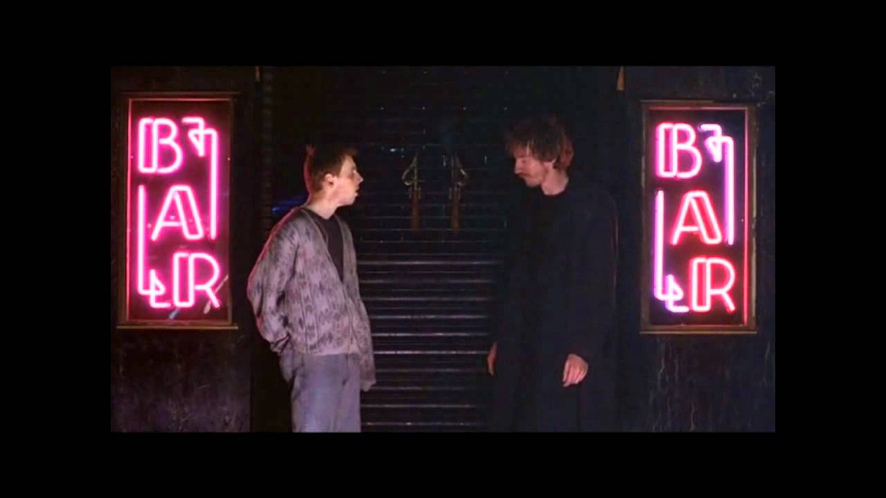 Mike Leigh - Naked - Maggie ve Archie - YouTube