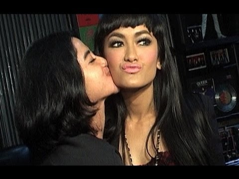 Teka - teki kehidupan Julia Perez dan Dewi Perssik - Was Was 20 Juni 2013
