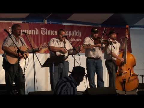 "Dry Hill Draggers perform ""Cocaine Blues"""