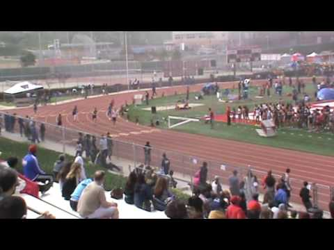 Redondo Invitational: Boys 400 Heat 4