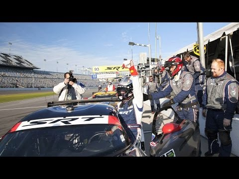 SRT Motorsports Vipers look strong at Rolex 24 Hours at Daytona