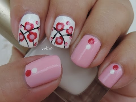 Nail Art - October in Pink