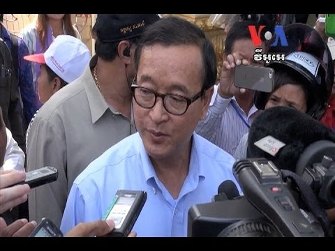 H.E Sam Rainsy Joint the Protest