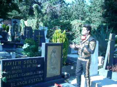 Rafael rodriguez en pante n jardin m xico javier solis for Cementerio jardin