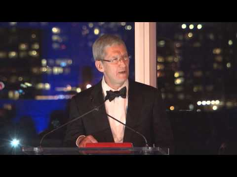 Tim Cook receiving the Lifetime Achievement Award