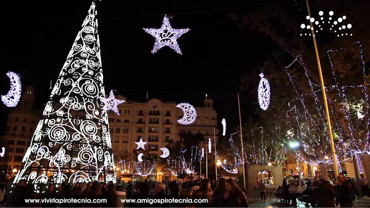 - Iluminacion de navidad ...