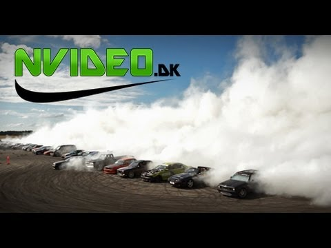 Unofficial Largest Simultaneous Burnout - Days of Thunder Denmark - Bu