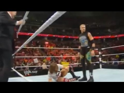 WWE Elimination Chamber 2014 Preview WWE Raw Review 2/17/14 Christian Heel Turn - CM Punk Chants