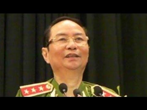 Tướng công an Phạm Quý Ngọ, người bị tố nhận hối lộ, đột ngột qua đời