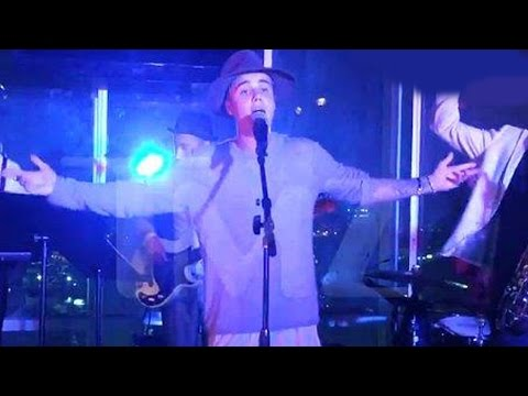 Justin Bieber I'll Make Love To You – Caught On Video