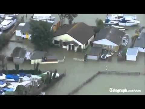 Its the end of the world: UK Floods 2014