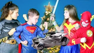 Justice League Toys Christmas Battle SuperHero Kids!