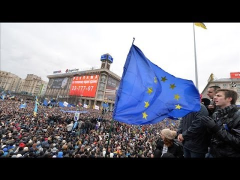 Ukraine Protest Video | Hundreds of Thousands Protest Yanukovych in Kiev
