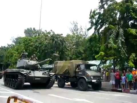 กำนันสุเทพ Thailand Protests Tanks leaving Bangkok