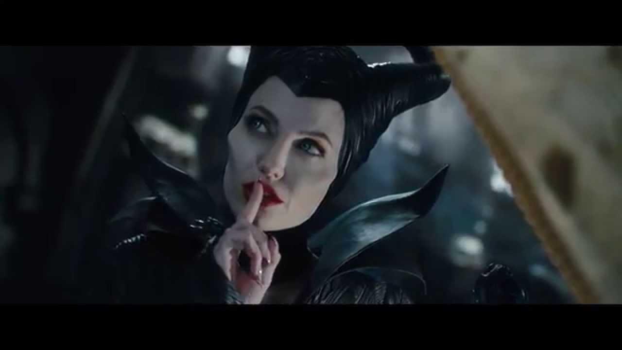 """""""Light and Dark"""" Featurette - Maleficent"""