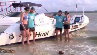 Atletas cruzam o Atlântico remando até Pernambuco