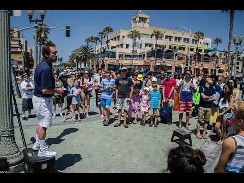 Pastor Ray Comfort: open air preaching, HB Pier 6/7/14