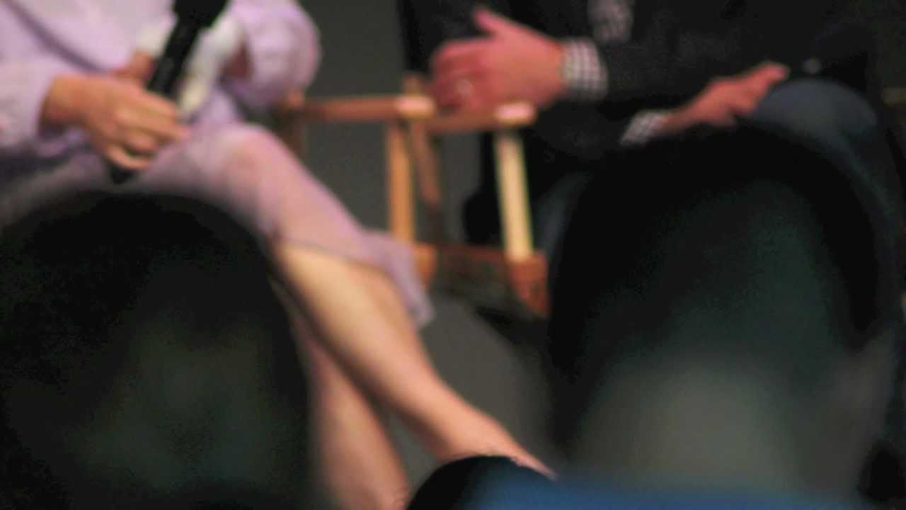 Meryl Streep legs - Meryl Streep - 32.9KB