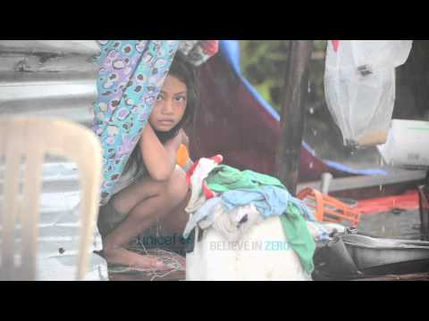 UNICEF USA: Philippines Disaster Photos - Typhoon Haiyan 2013