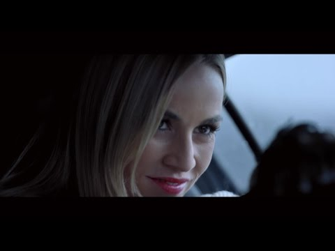 Nuevo vídeo de Hardwell con la piloto de Formula 1 Carmen Jordá