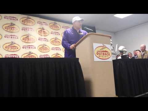 Les Miles Post-Outback Bowl News Conference