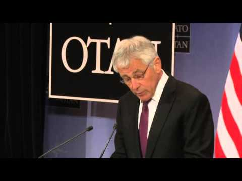 Chuck Hagel urges Russia to act cautiously on Ukraine